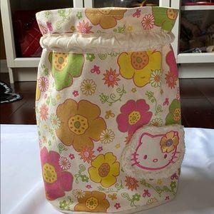 Hello Kitty Katcha Bag w/ floral desgin